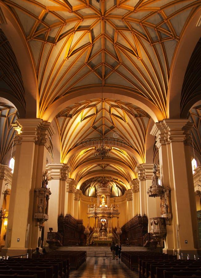 интерьер lima собора стоковые фотографии rf