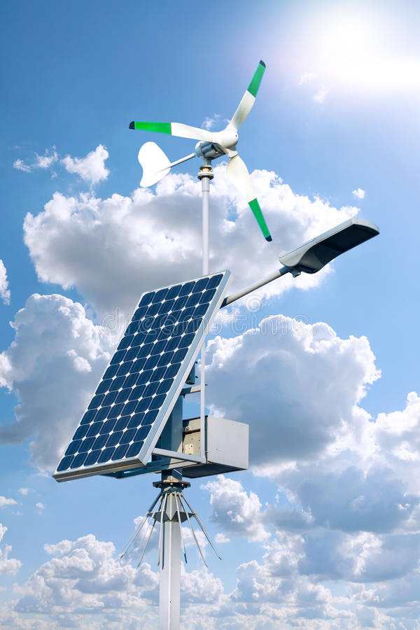 Инфраструктура солнечных и ветра энергии экологической энергии, стоковое фото rf