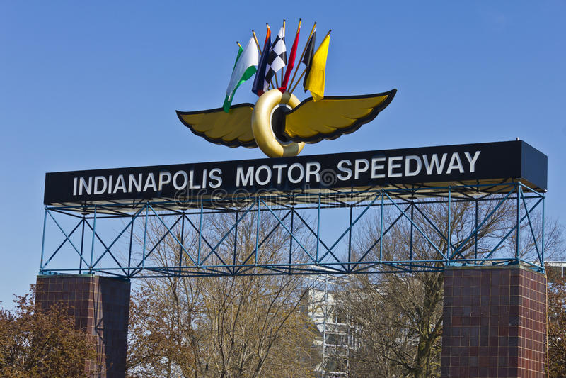 Индианаполис - около март 2016: Скоростная дорога мотора IV Индианаполиса стоковая фотография