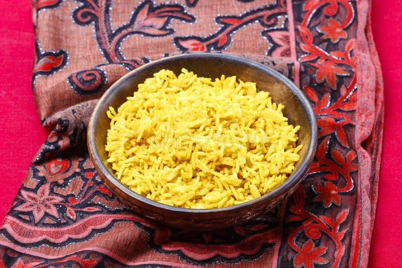 Индийская кухня. Шар кипеть риса стоковые фото
