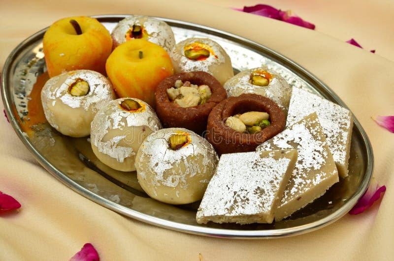 Индийские помадки - Mithai стоковое изображение rf