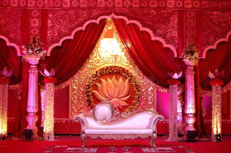Индийское mandap этапа свадьбы стоковые фотографии rf