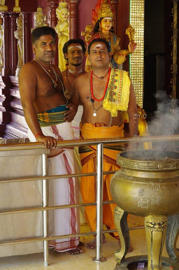 Индусские священники стоковые изображения