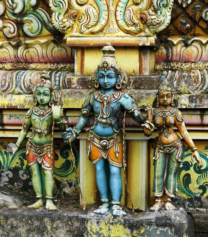Индусские статуи kovil стоковые фото