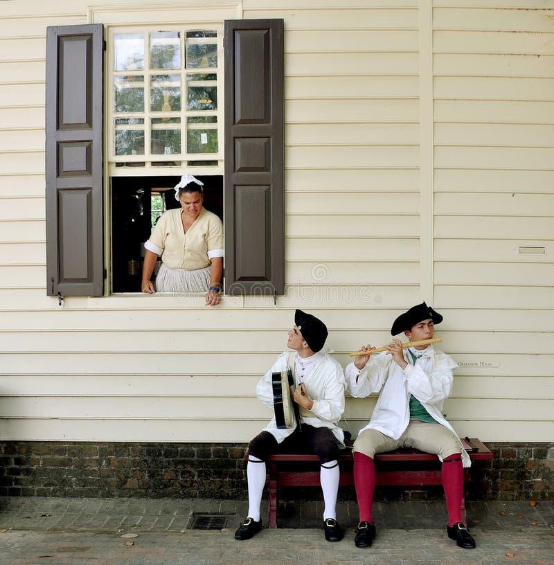 ?? Williamsburg colonial dos músicos da rua, VA foto de stock royalty free