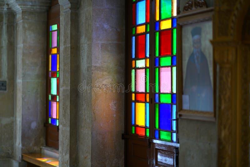 Ираклион, Греция, 25-ое сентября 2018, detailsl beautifu в церков мин ажио & x28; Святой Minas& x29; Собор стоковое изображение rf