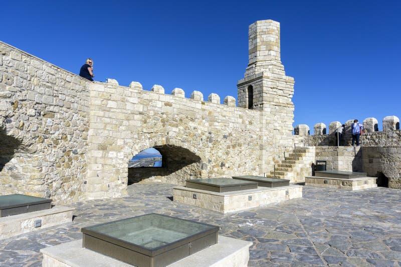 Ираклион, Крит/Греция Взгляд крыши крепости Koules с старым маяком стоковое изображение rf