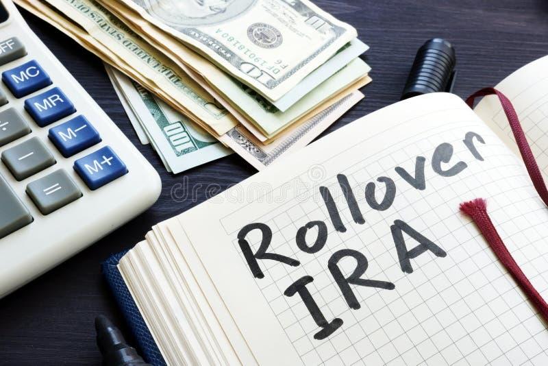 ИРА Rollover рукописное в блокноте Выход на пенсию стоковые фотографии rf