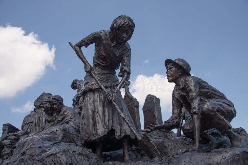 Ирландский мемориал в Филадельфии к большему голоду - детали 1 стоковое изображение