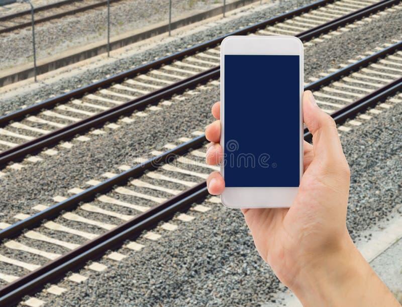 Искать данные по поезда телефоном стоковые фото
