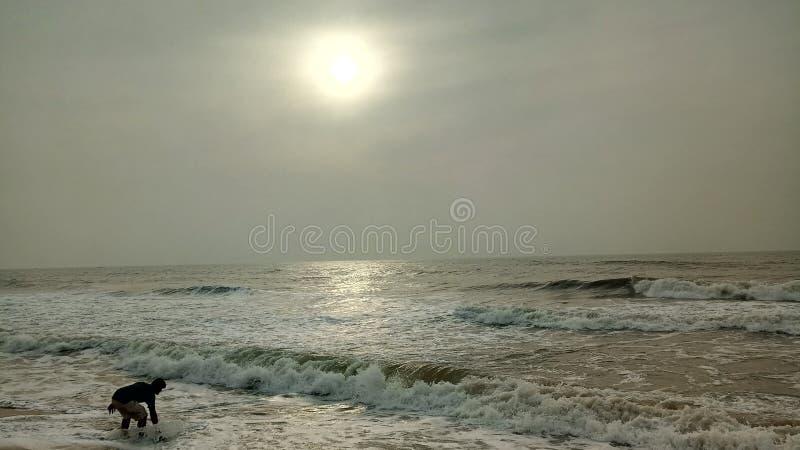 Искать через волны стоковые изображения rf