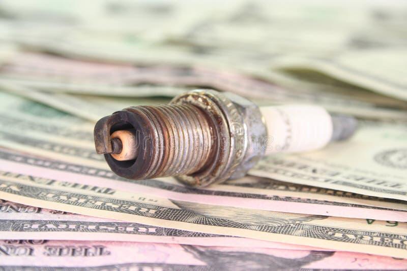 искра штепсельной вилки доллара счетов стоковое фото rf