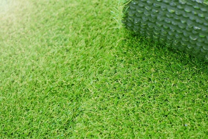Искусственный класть лужайки травы стоковая фотография rf