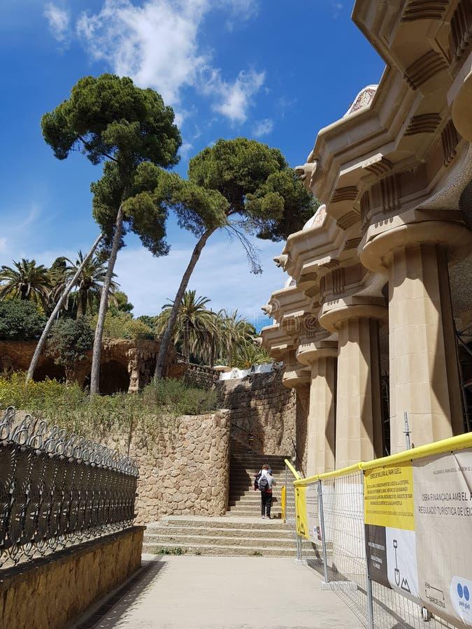 Искусство в парке Guell, Барселоне, Испании стоковые фото