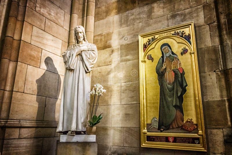 Искусство собора Vitus Святого стоковая фотография