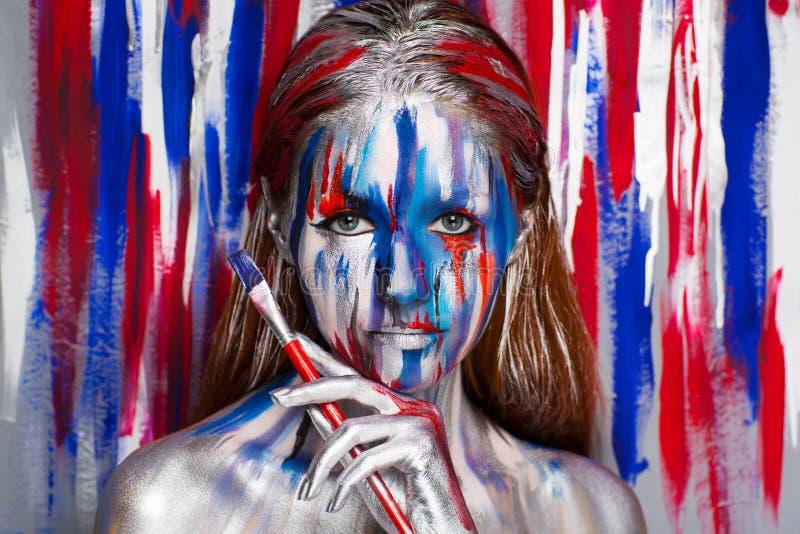 Искусство тела художника женщины стоковое изображение rf