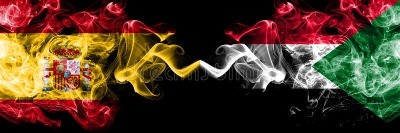 Испания против Судана, суданские закоптелые мистические флаги установила сторону - - сторона Покрашенная толстая шелковистой кури стоковые изображения rf