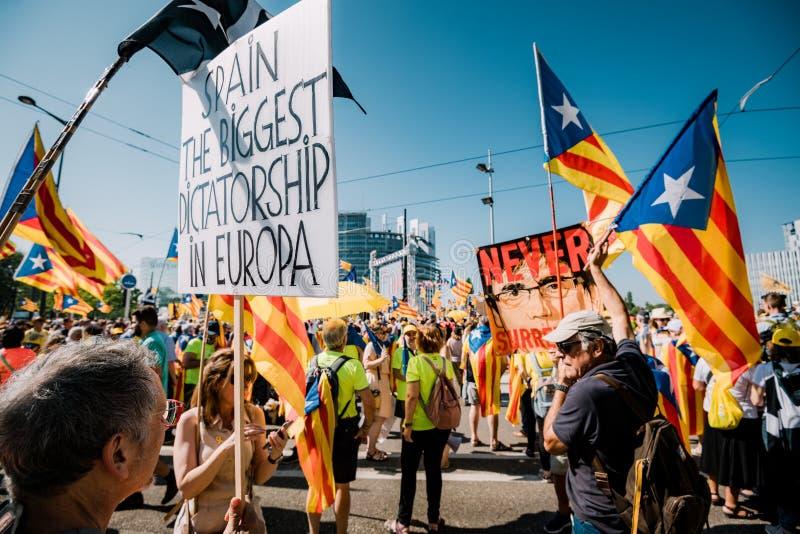 Испания самая большая диктатура в плакате Европы на протесте стоковые изображения