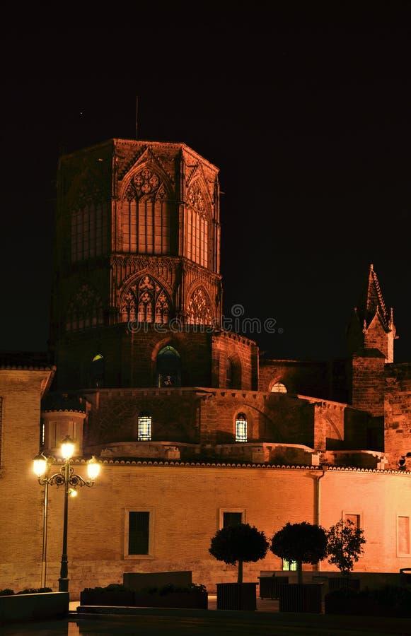Испания valencia Городской пейзаж ночи в исторических улицах Ol стоковые фото