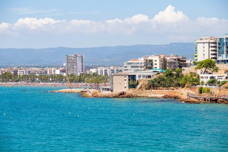 Испанская береговая линия Вид на море курорта Salou Известный курорт Испании стоковые изображения rf