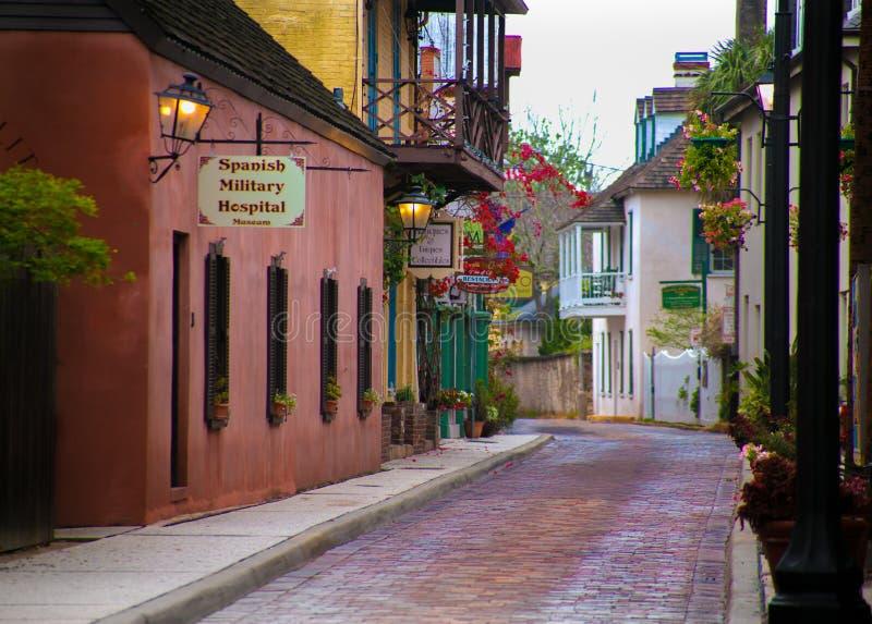 Испанская воинская улица Августин Блаженный Флорида Hospitla Aviles стоковое фото