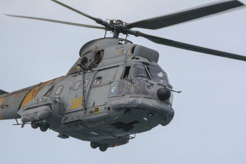 Испанский вертолет SAR стоковые изображения