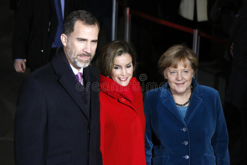 Испанский король Felipe VI, ферзь Letizia, канцлер Ангела Меркель стоковое фото rf