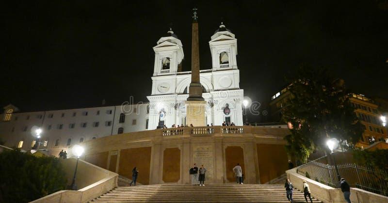 Download Испанский язык шагает в Рим на аркаде Spagna к ноча Редакционное Изображение - изображение насчитывающей rome, зодчества: 81807245