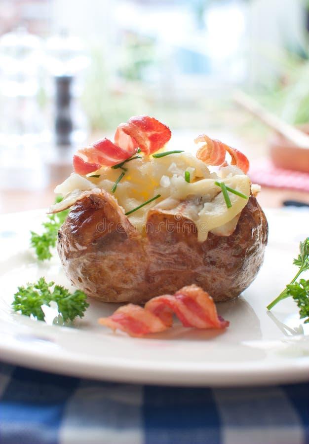 Download Испеченная картошка стоковое фото. изображение насчитывающей бактерий - 37928976