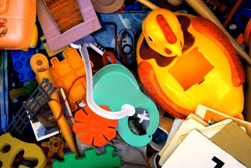 используемые игрушки стоковое изображение rf