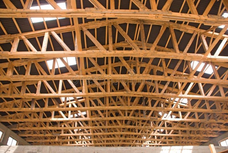 испустите лучи древесина ферменной конструкции стоковое изображение