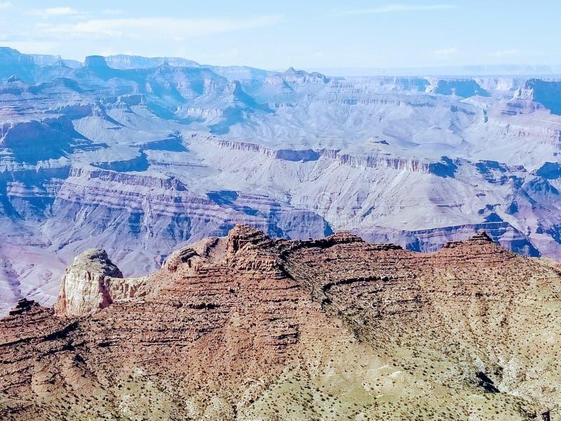 Исследуя гранд-каньон Аризона США стоковое фото rf