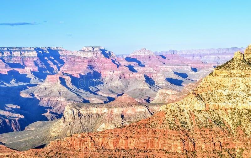 Исследуя гранд-каньон Аризона США стоковое изображение rf