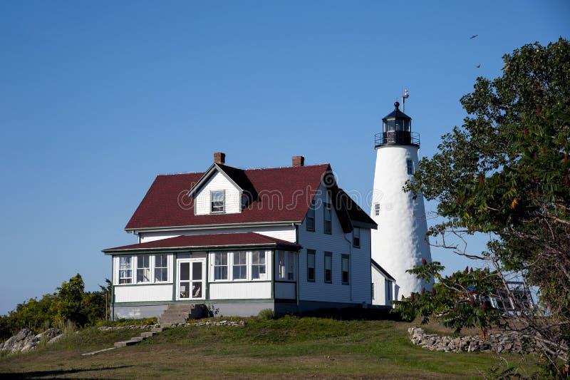 Исследуйте исторический свет острова хлебопека в Массачусетсе стоковые изображения rf