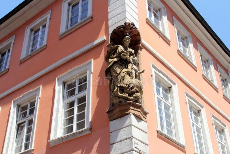 Историческая архитектура в Гейдельберге, Германии стоковое изображение