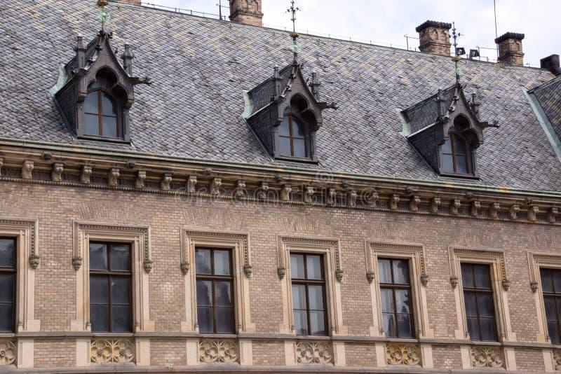 Историческая архитектура в городе Праге стоковое фото