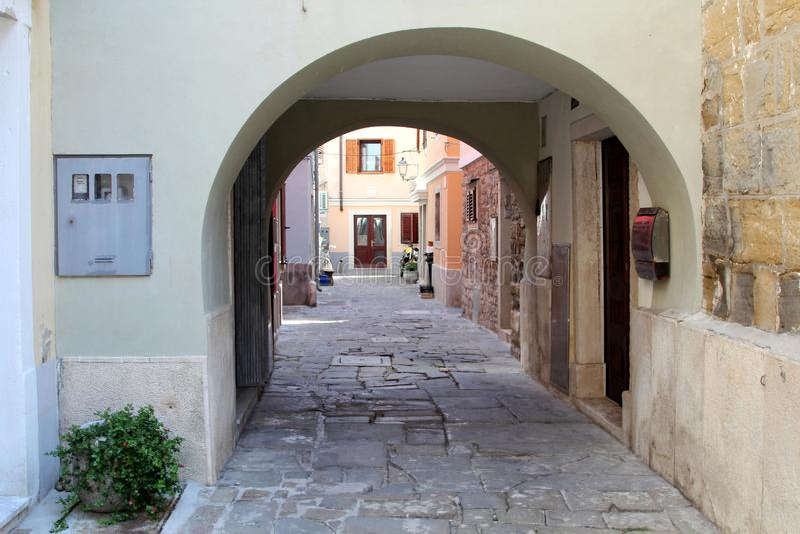 Историческая архитектура Piran, Словении стоковые изображения