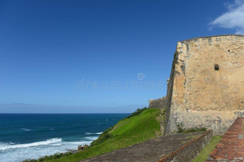Историческая крепость в старом Сан-Хуане, Пуэрто-Рико стоковые изображения rf