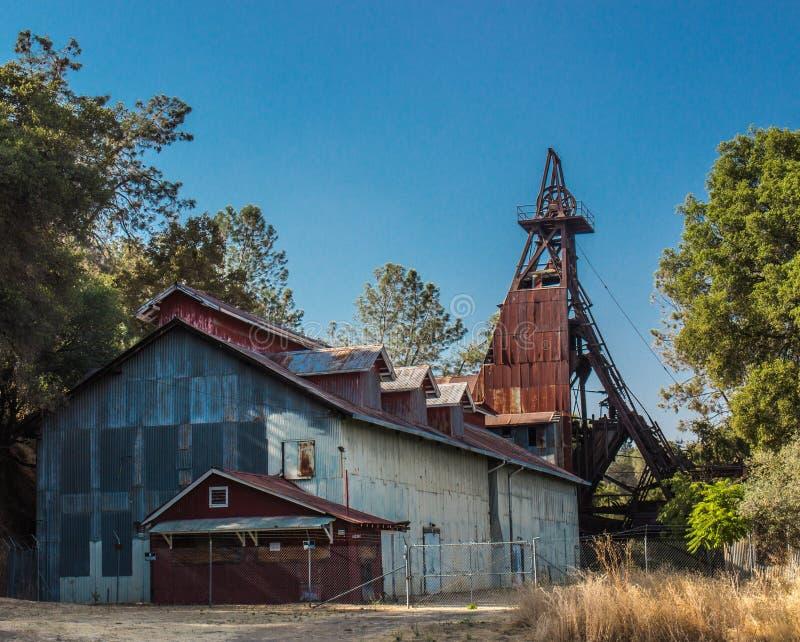 Историческая минно-заградительная операция в предгорьях сьерра-невады стоковое фото rf