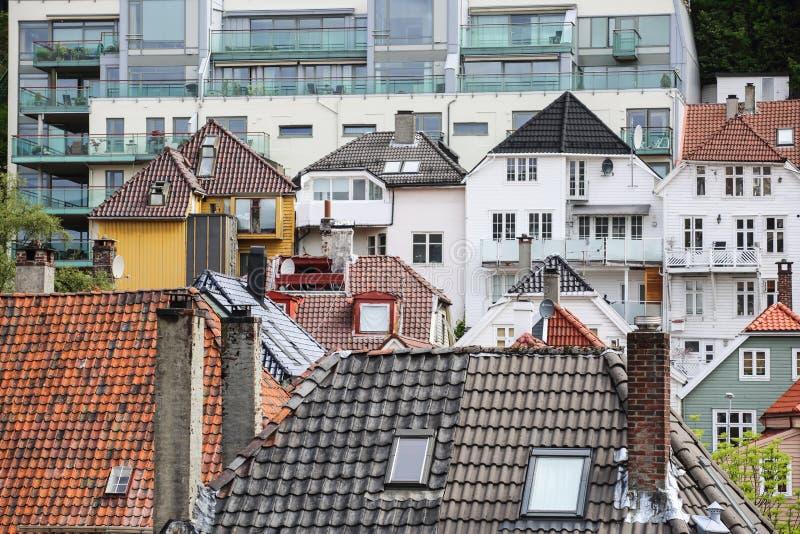 Исторические здания в Bryggen, Бергене стоковые фотографии rf