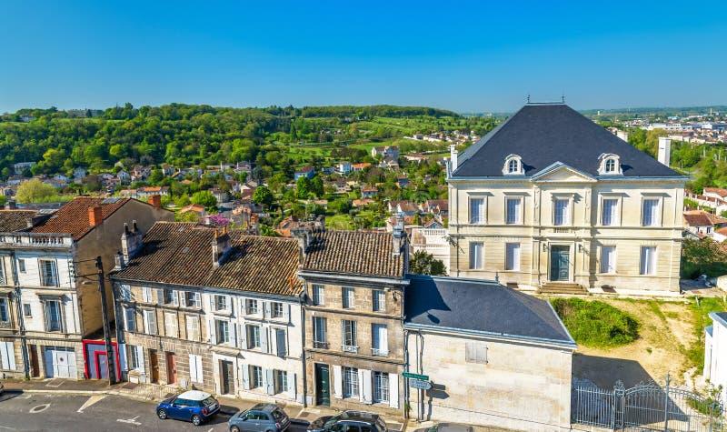 Исторические здания в Angouleme, Франции стоковое фото