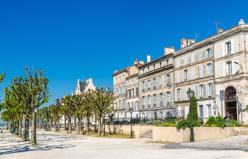 Исторические здания в Angouleme, Франции стоковые изображения