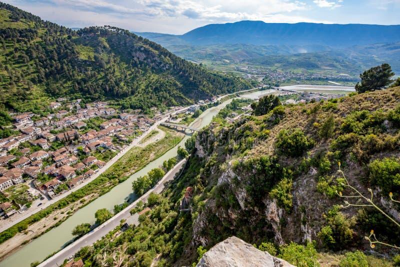Исторический город, Berat, Албания, высокий ландшафт взгляда стоковое фото
