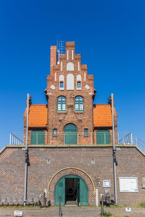 Исторический дом Lotsenhaus в гавани Stralsund стоковое фото rf