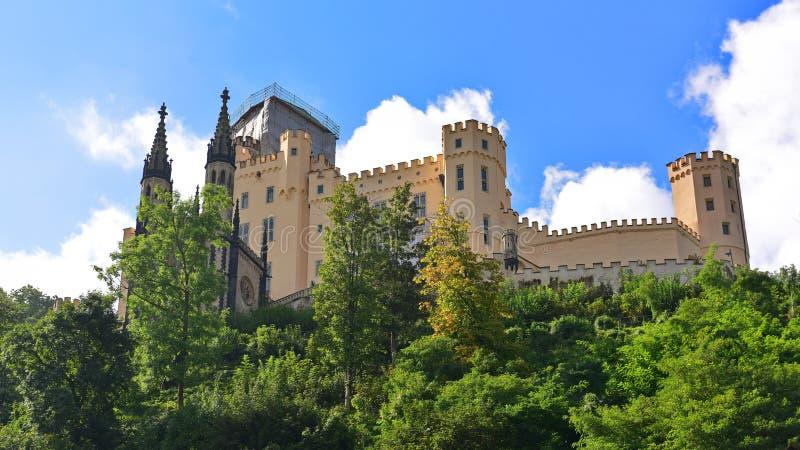 Исторические замки в ярославле на холме фото