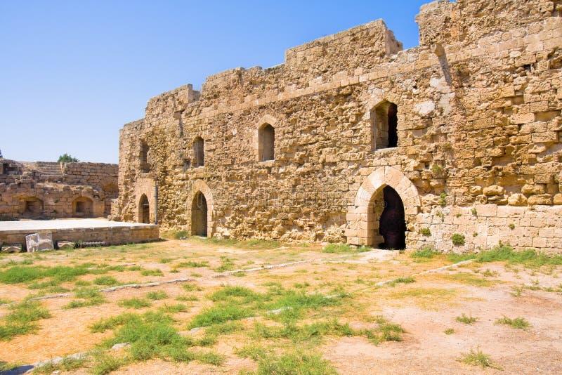 исторический замок Othello в гавани Famagusta в северном Кипре стоковая фотография