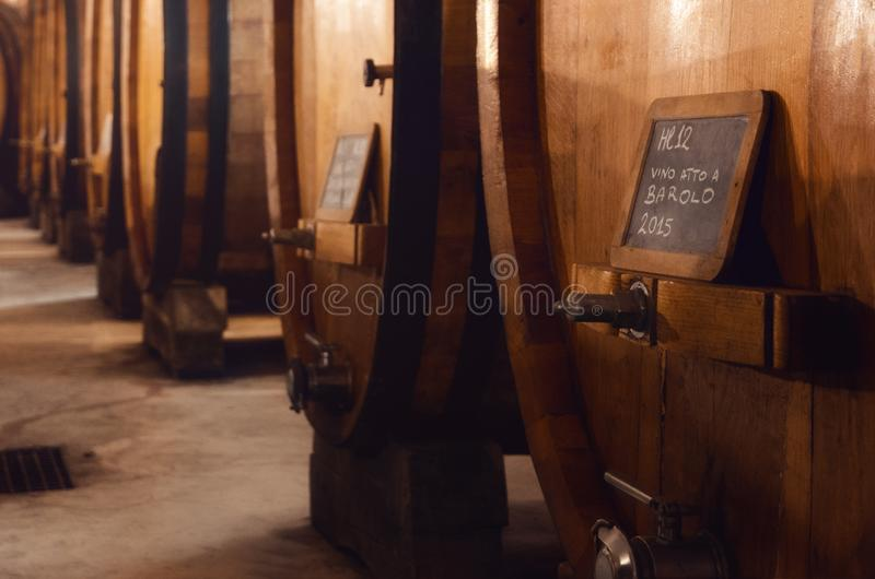 Исторический погреб для вызревания вина barolo стоковые изображения