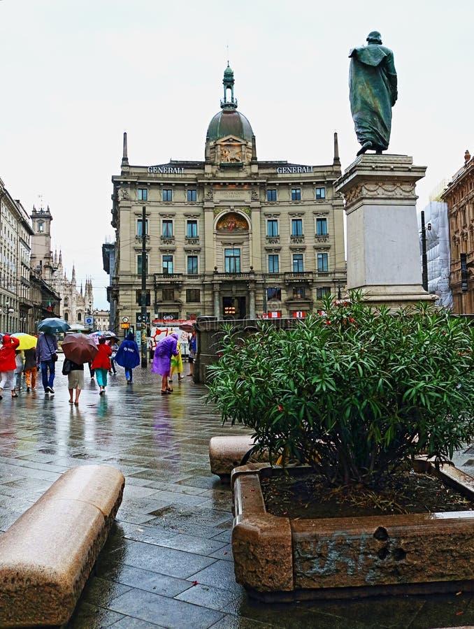 Исторический разбивочный город Италия Милана взгляда дождливого дня стоковая фотография