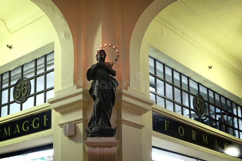 исторический рынок альбинелли, модена, италия стоковое фото