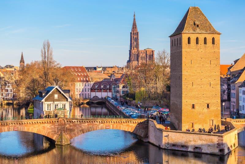 Исторический старый мост страсбурга, Эльзаса стоковая фотография